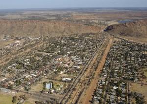 Kings Canyon - Alice Springs (475 Km / 6h 5min).jpg