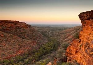 Ayers Rock - Kings Canyon (325 Km / 4h 20min).jpg