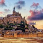 Mont-Saint-Michel con la bassa marea