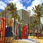 Tavole da surf: una delle attività più diffuse a Waikiki Beach