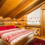 Camera da letto matrimoniale della mansarda