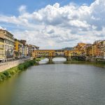 Veduta dell'Arno con il ponte Vecchio