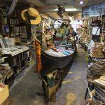 La libreria Acqua Alta, una delle più belle del mondo
