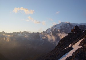 Risveglio Al Rifugio Tibet.jpg