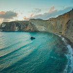 Un tratto di costa [Photo by Ferhat Deniz Fors on Unsplash]