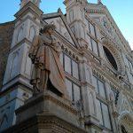 Monumento a Dante in piazza Duomo a Firenze