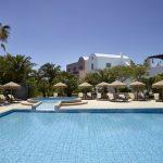 Piscina del 9 Muses Santorini Resort