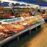 Il padiglione del pesce nell'immenso Mercato Centrale di Riga